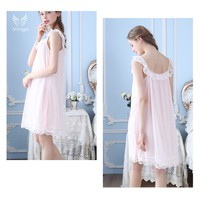 Váy xinh