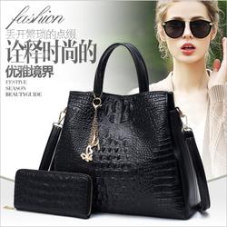 Bộ túi xách kèm ví cầm tay hàng nhập da siêu siêu đẹp - T5923