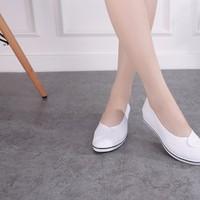 Giày đi bộ chuyên dụng cực êm chân