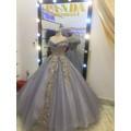 áo cưới xám tay ngang lấp lánh rạng ngời sang trọng