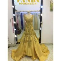 áo cưới đuôi cá vàng đồng phale kết đặt lấp lánh