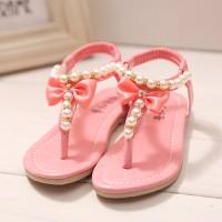 Sandal bé gái xỏ ngón 2 đến 3 tuổi