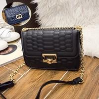 Túi đeo chéo nữ thời trang Vika - LN1088