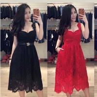 Váy ren cúp ngực