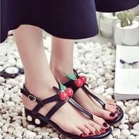 giày gót vuông họa tiết cherry