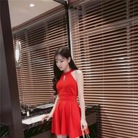 HÀNG CAO CẤP - váy cổ yếm