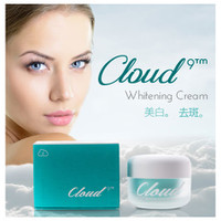 Kem dưỡng trắng da Cloud
