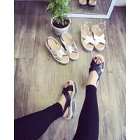 Giay sandal phong cách Hàn Quốc