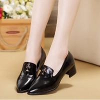 Giày nữ phong cách - G031