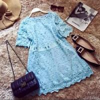 Đầm ren suông