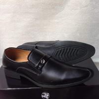 Giày tây nam công sở trơn đen mũi nhọn đế cao su đúc đẹp giá rẻ