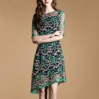 Đầm ren hoa - D088