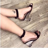 giày gót trong đế xuồng