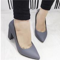 giày gót vuông da mờ