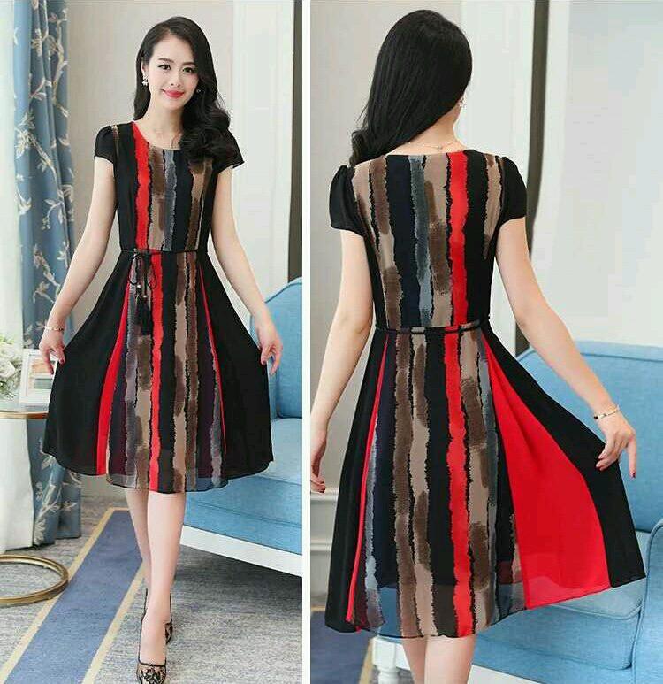 Đầm xòe sọc đỏ đen D208