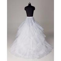 Tùng váy cưới có đuôi LB0002BW05