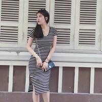 Đầm thun body sọc xẻ tà