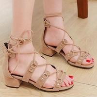 giày gót vuông cột dây