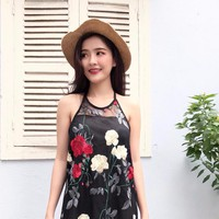 Đầm thêu hoa xinh