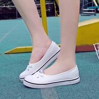 Giày bata nữ mang cực êm