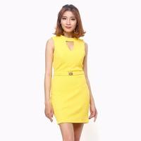 Đầm thời trang cut out điệu đà màu vàng