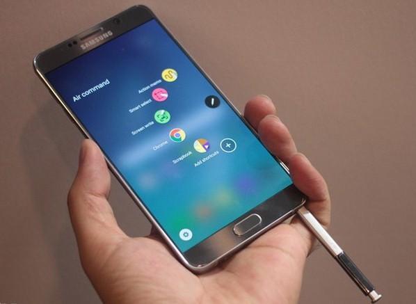 Samsung Galaxy Note 5: dung lượng RAM 4GB ROM 32GB, tích hợp chiếc bút S Pen tiện ích