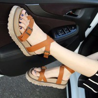 Giày sandal bánh mì doctor xỏ ngón
