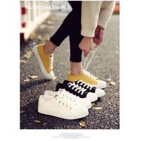 Giày bata nữ cột dây đơn giản