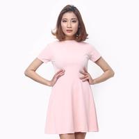 Đầm xòe cut out lưng màu hồng nữ tính