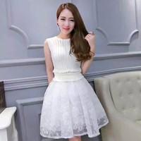 Váy xòe phối ren