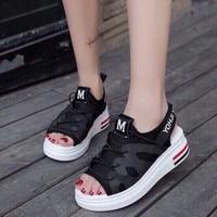 Giày đế xuồng nữ | Giày sandal đế xuồng chữ M