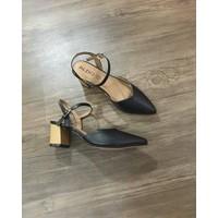Giày cao gót dáng xinh