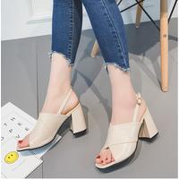 Giày sandal đế vuông quai chéo dây hậu