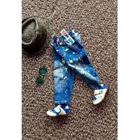 Quần jean dài bé trai rách phun sơn sành điệu