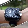 Đồng hồ đeo tay kiêm đèn la bàn