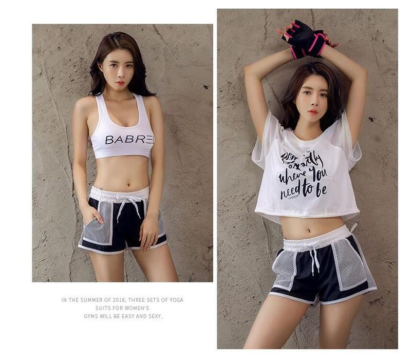 Bộ quần áo thể thao nữ năng động(Set 4 cái)