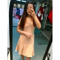 Đầm xoè kiểu