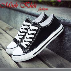 Giày thể thao đen trắng cổ thấp Classic Fashion