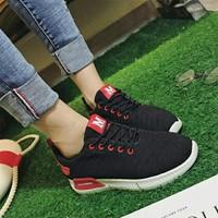 Giày Sneaker chữ M chất đẹp