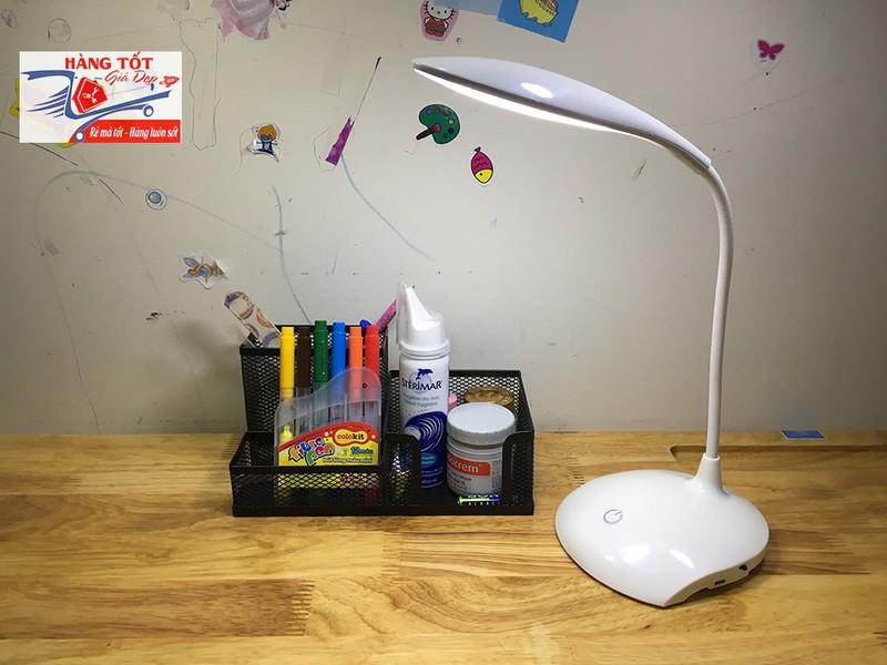 Đèn LED chống cận để bàn 3 chế độ cảm ứng tích điện