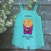 Áo thun bé gái size đại dây đắp chéo in hình khoai tây