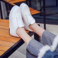 Giày sneaker nữ siêu cute