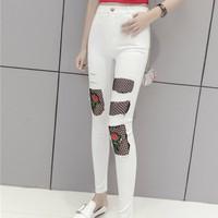 quần skinny phối lưới hoa hồng Mã: QD1738 - TRẮNG