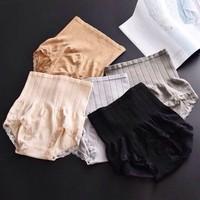 quần lót nịt bụng