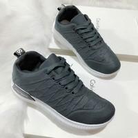 giày bata đế trắng
