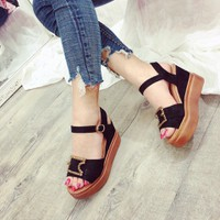 Giày sandal đế xuồng nữ siêu đẹp