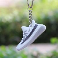 Móc khóa hình giày 350 sply