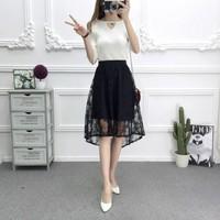 chân váy mullet ren hoa văn Mã: VN737