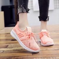giày bata chữ s