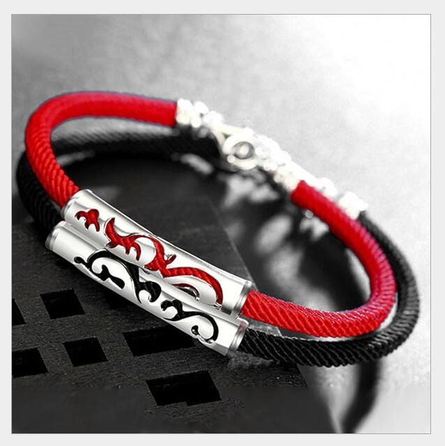 Vòng tay bạch kim kết hợp dây đỏ